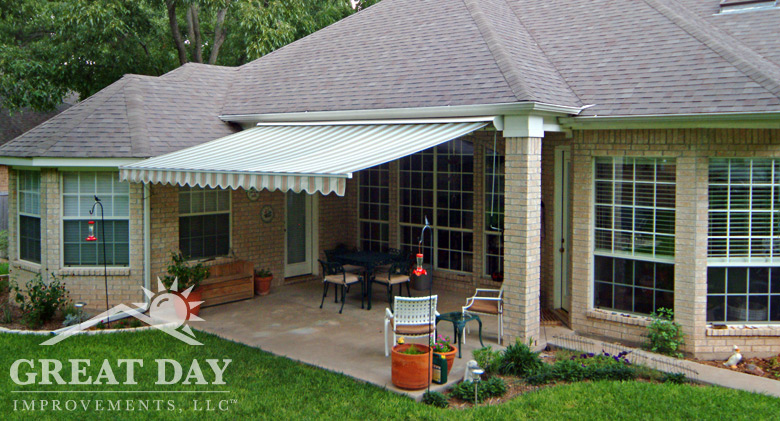 Incroyable Retractable Awning Picture
