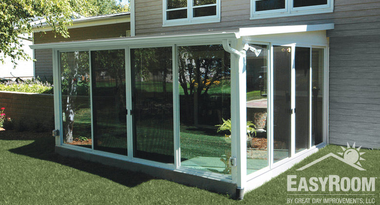 Sunroom diy kit ideas designs pictures great day for Backyard sunroom