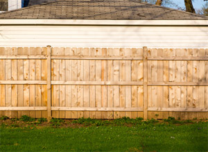 4 Reasons To Add A Fence The Backyard