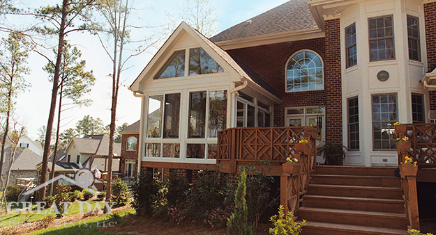 Louisville sunroom and deck